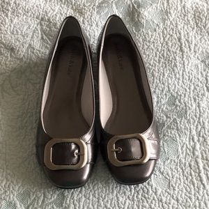 Kelly & Katie Gray buckle flats